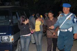 Polisi Riau amankan 13 wanita dari kafe