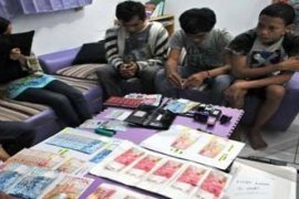 Masyarakat Penajam waspadai uang palsu jelang Lebaran
