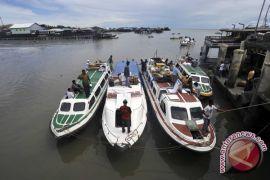 Ratusan warga Batam tertinggal kapal di Tanjungpinang