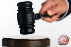 Pengadilan Turki tetap tahan pastur Amerika