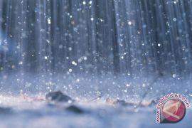 Hujan lebat di China, 10.000 penumpang pesawat terdampar