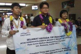 Pelajar Indonesia Raih Medali Kompetisi Di Rumania
