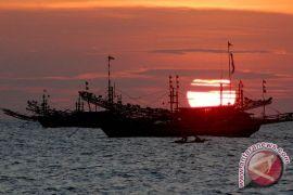 DKP minta nelayan tak jual ikan kepada kapal penampung di tengah laut