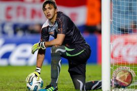 Muslera catat penampilan ke-100 bagi Uruguay