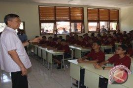 Rp623 Miliar Untuk SMA Bali Mandara