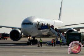 Kebakaran paksa pesawat mendarat darurat di Pakistan