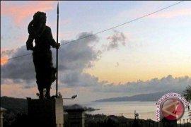 Pesta Teluk Ambon dimajukan sukseskan HUT Maluku
