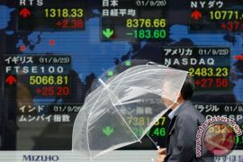 Kekhawatiran perang dagang berkurang, saham Tokyo berakhir naik