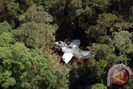 Basarnas berhasil evakuasi badan pesawat latih