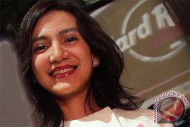 """Wanda Hamidah: 2014 bukan momentum untuk """"nyaleg"""""""
