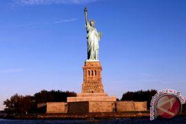 Sempat ditutup akibat Pemerintah AS tutup, Patung Liberty buka lagi