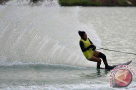 DKI juara slalom putri di Kerjunas Skir Air 2015