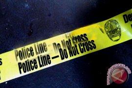 Mayat pria ditemukan membusuk di dalam rumah
