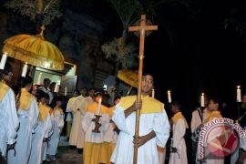 Umat Kristiani rayakan Natal dengan tradisi Bali
