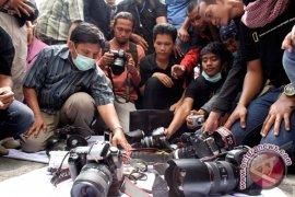 Wartawan peliput ISG berunjukrasa