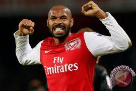 Hari ini 19 tahun silam, kisah sukses Henry di Arsenal bermula