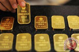 Harga emas tertekan ekspektasi kenaikan bunga The Fed