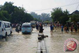 Cirebon diprediksi bakal dilanda hujan lebat angin kencang