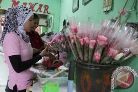 Bunga impor laris saat Hari Valentine di Bengkulu