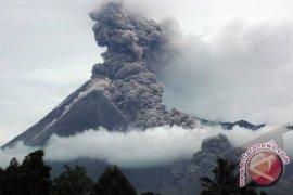 Merapi alami letusan freatik ketiga