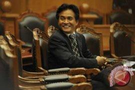 PTUN Jakarta kembali tunda sidang gugatan Agusrin