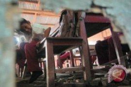 Kotabaru perjuangkan pendidikan di daerah terpencil