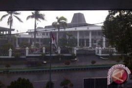 Curah hujan di Bengkulu berakhir Juni 2012