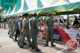 Pedagang Kuliner Dadakan Dominasi Pasar Ramadhan