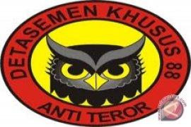 Densus 88 amankan seorang terduga teroris di Nganjuk