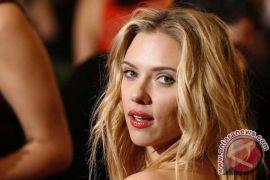 Scarlett Johansson sindir James Franco saat bahas pelecehan seksual
