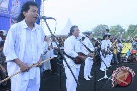 Raja dangdut meriahkan kampanye kandidat wali kota