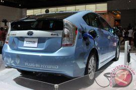 "Toyota ""recall"" 2,4 juta Prius dan Auris hybrid"