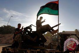 Bentrokan terjadi antara militer dan gerilyawan di Benghazi