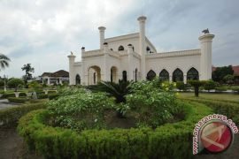Polisi tangkap pelaku pembakar Istana Siak