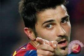 Pemain Barca Villa dibawa ke rumah sakit