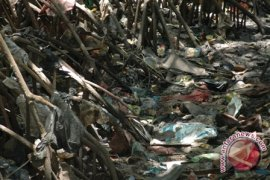Kadus Buleleng belajar pengelolaan sampah ke Surabaya