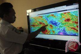 BMKG keluarkan peringatan dini peningkatan awan hujan