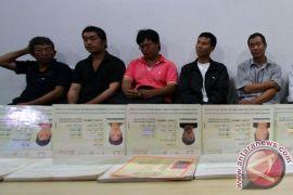MPR minta pemerintah serius tangani tenaga kerja asing ilegal