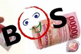 Disdik Salurkan Dana R-BOS SMK 2013