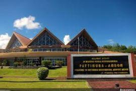 Menhub minta navigasi Bandara Pattimura dievaluasi setelah gempa
