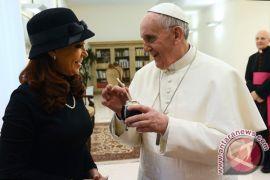 Paus Fransiskus I ajak cinta sesama dan lingkungan