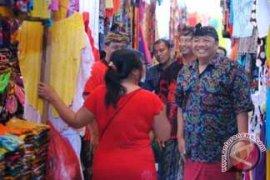 Puspayoga Kunjungi Pasar Seni Sukawati