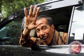 "Jokowi dinilai capres ""setengah dewa"""