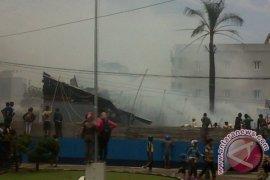 Mes Karyawan RS Mitra Medika Terbakar