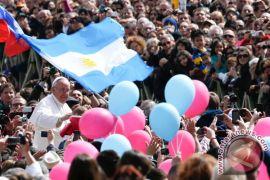 Argentina beri jersey kepada Paus Fransiskus