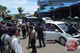 Polisi kepung rumah terduga bandar narkoba Bengkulu