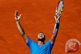 Prancis taklukkan Serbia untuk melaju ke final Piala Davis