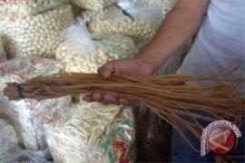 Omset Pedagang Makanan Khas Bangka Turun Drastis