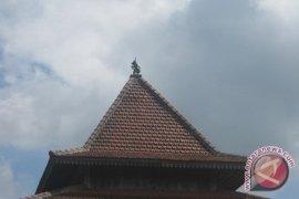 Pemkab Batanghari bongkar lambang wayang di sebuah masjid