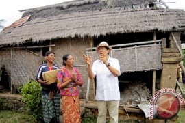 Gubernur Bali Ingin Tuntaskan Program Bedah Rumah